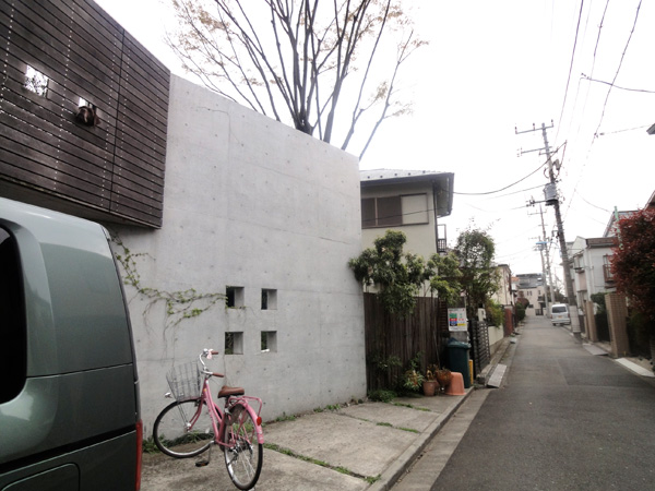 素敵なお家が建ち並ぶ閑静な住宅街。