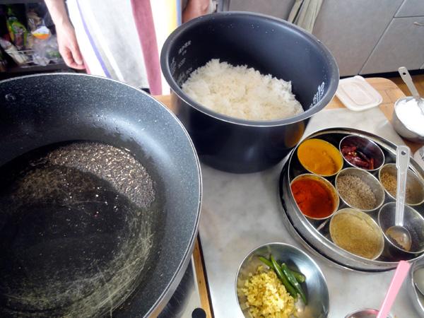 3品目、南インドの「レモンライス」の材料。