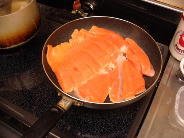 こんがり焼き目がつけば半身焼きは出来上がりです。