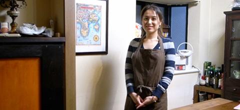 第1回は、渋谷と横浜で大人気のお料理教室「アシェット・ド・キヌ」を主宰されている尾田衣子先生に、